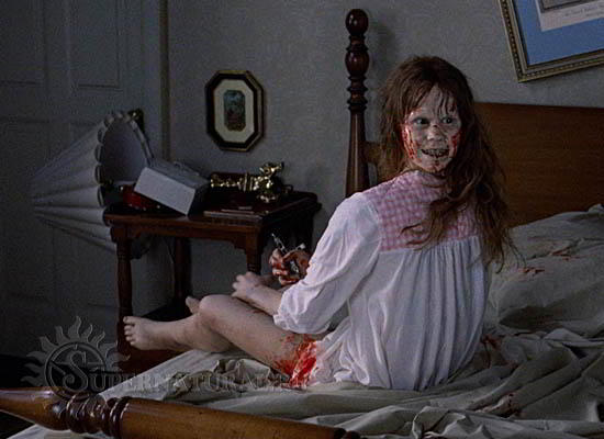 10 фильмов ужасов, которые не стоит смотреть в одиночку